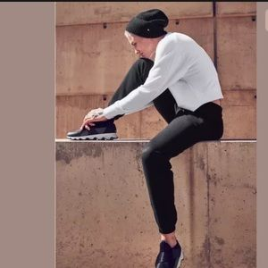 ATHLETA Recover Bounce Back Jogger Black NWT